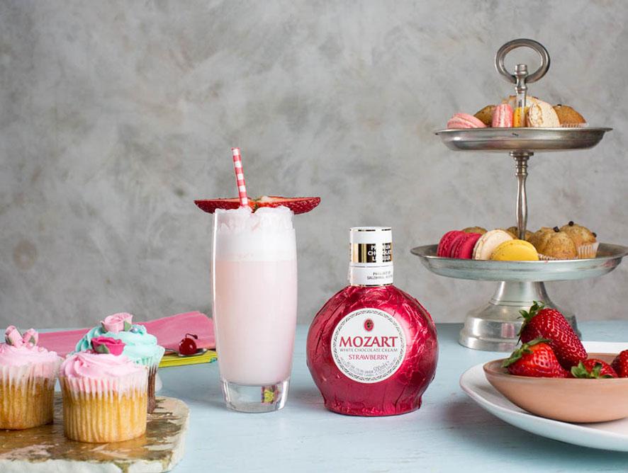 Mozart Strawberry Gin Kiss